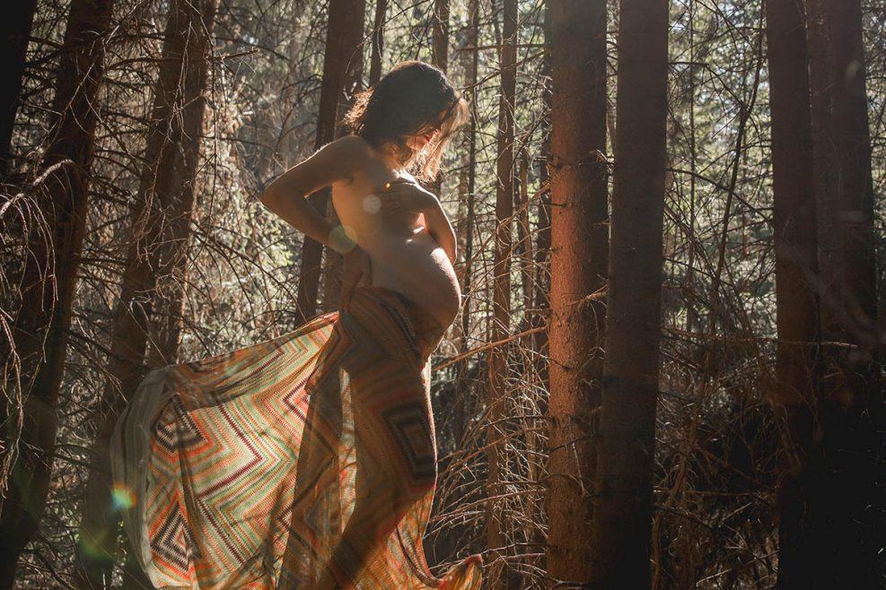 Sesiune foto Maternitate in padurea fermecata
