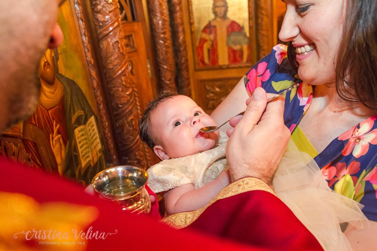Impartasirea bebelusului – Botez Irinuca